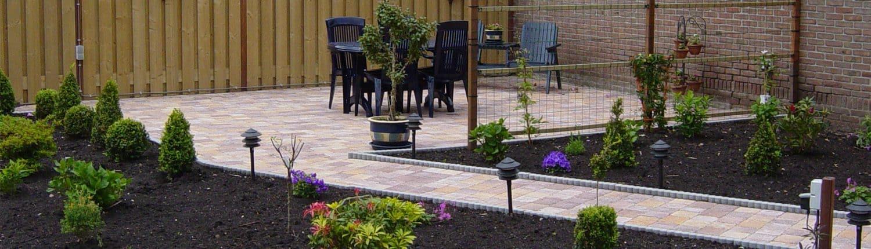bestrating en beplanting in achtertuin - de knegt hoveniers