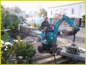 de knegt hoveniers tuinen leeg halen en aanleggen